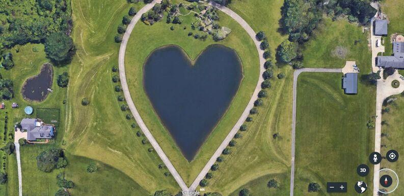 El lago corazón